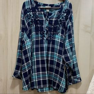 Catherines V-Neck Checkered, 3 Button, Long Sleeve